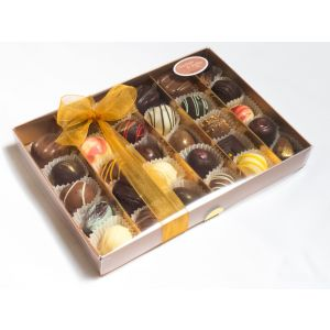 Classic collection 30 chocolates