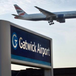 Rugby to Gatwick Airport