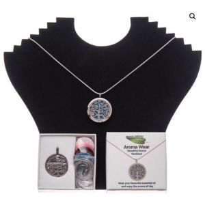 Amour Natural Tree Aroma Necklace