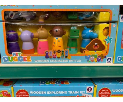 Hey Duggee character Wooden skittles