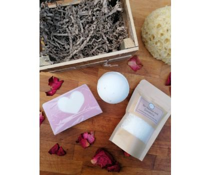 The Soap Shack - Rose Gift Crate