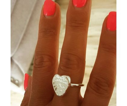 Large textured heart ring