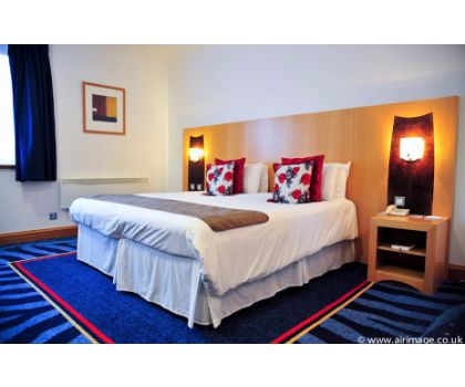 DINNER, BED & BREAKFAST OVERNIGHT STAY FOR TWO - £135.00