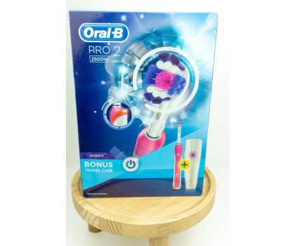 Pink Oral-B Pro 2500 electric toothbrush ++ free toothbrush head and toothpaste for buying local