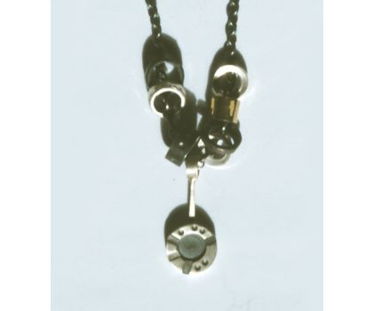 Road markings necklace