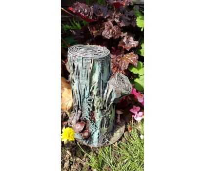 Powertex Tree Stump with Bird -Saturday, 2nd of October 2021 Starts: 10:00 am Ends: 2:00 pm