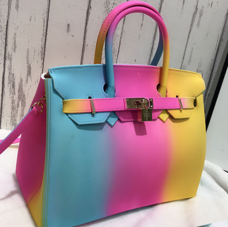 SMO Shop selling Handbags, purses and PPE  (SMO Sourcing Company Ltd)
